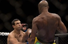 Uncaged: straight-up kick does it for Anderson Silva