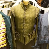 Royal Shakespeare Company holds major costume sale