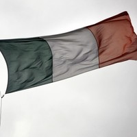 Ireland sells first 10-year government bonds since before bailout