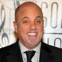 VIDEO:  Billy Joel agrees to impromptu performance with student