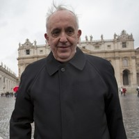 The Ordinary Pontiff: Pope Francis pays hotel bill, carries his own luggage