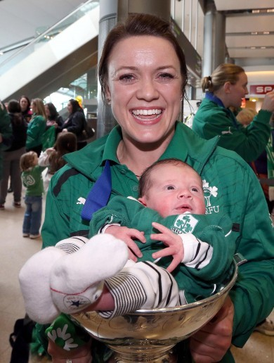 Snapshot: Rugby heroines return home with trophy