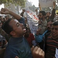 Cairo police march in support of Egpyt's revolution