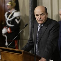 Leftist leader Bersani asked to form new government in Italy