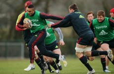 Happy Wednesday, Munster fans! Here are some pics of Simon Zebo training today