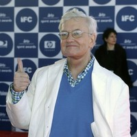 Legendary film critic Roger Ebert dies following cancer battle