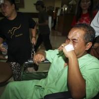 Plane overshoots Bali runway into sea