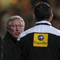 Alex Ferguson fumes at Andy Carroll tackle on David De Gea