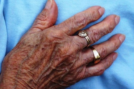 Ireland faces significant challenges in ensuring it can provide for its growing population of older people, an OECD report has found.