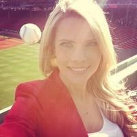 'Most dangerous selfie ever' -- baseball reporter nearly struck by home-run ball