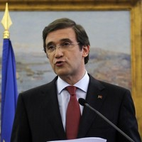 Portugal: 30,000 jobs cuts, working hours increased and pension age rises