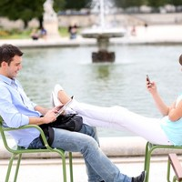 How Twitter and Facebook can help you access free public WiFi