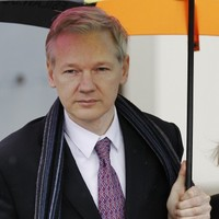 Court rules that Julian Assange to be extradited to Sweden
