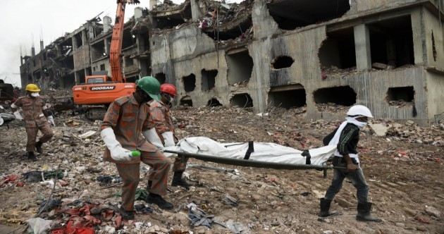 Bangladesh collapse: Death toll passes 1,000 as stacks of bodies found