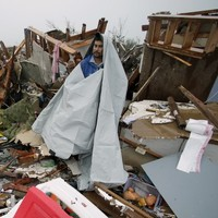 Search for tornado survivors as Oklahoma mourns 9 children