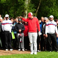 Cold weather and mittens the reason for Rory McIlroy's late collapse