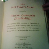 Commander Chris Hadfield got an award for tweeting as Gaeilge