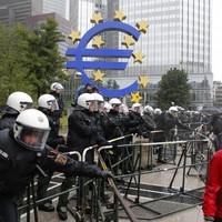 'Blockupy' protestors block access to ECB headquarters in Frankfurt