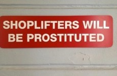 16 signs that really shouldn't be spelled wrong