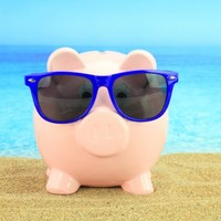 Irish people spending an average of €1,000 while on holiday
