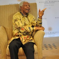 Prayers for Mandela as country urged to 'let him go'