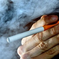 Electronic cigarettes to be sold as over-the-counter medicines in the UK
