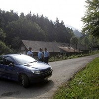 Brother arrested over murder of Iraqi-British family in French Alps