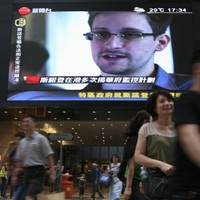 Putin won't extradite Snowden who's in the transit area at Moscow airport