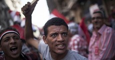 Egypt's president given deadline to leave as death toll rises to six