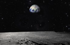 A return to the Moon could be hampered by... dust
