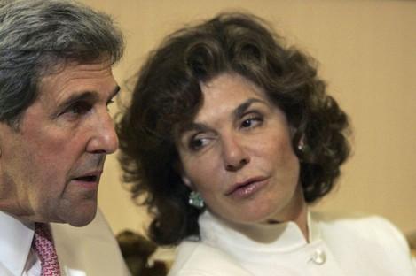 Teresa Heinz Kerry with her husband John Kerry