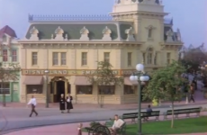 VIDEO: Here's what Disneyland looked like in 1955