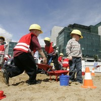 HSE: Older people, children and manual workers risk 'serious harm' in heatwave
