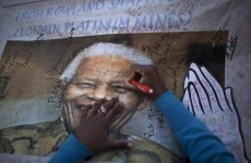 Nelson Mandela 'responding to treatment'