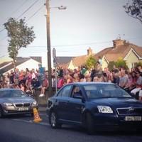 Bruce Springsteen rocks Limerick for 3.5 hours, hundreds listen for free