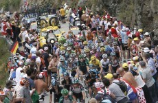 Sprint finish: Froome hit with 'snack' penalty but still stretches lead on Alpe d'Huez