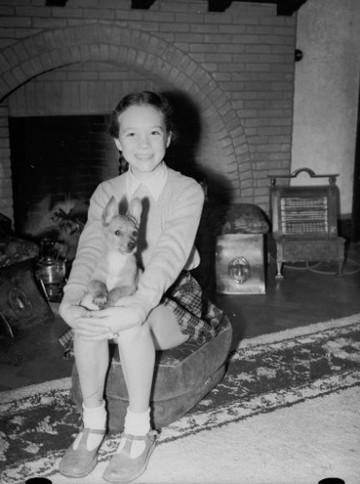 British Entertainment - Music - Julie Andrews - 1947