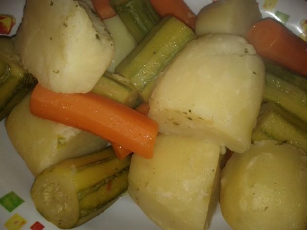 βραστά λαχανικά για σούπα - boiled vegetables for soup