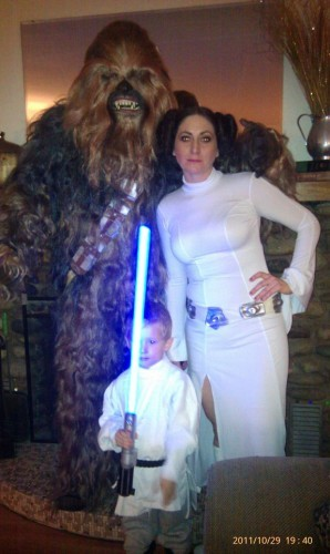 my family halloween photo. Are we doing this right? :) - Imgur