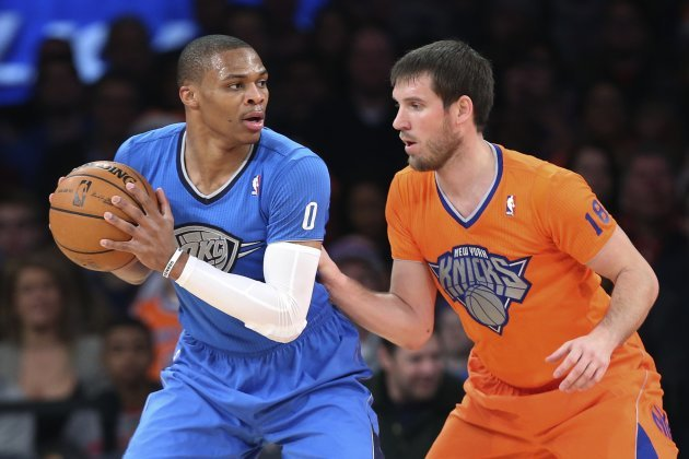 competitive price 878eb 1b805 In pictures: NBA teams wear sleeved jerseys for Christmas ...