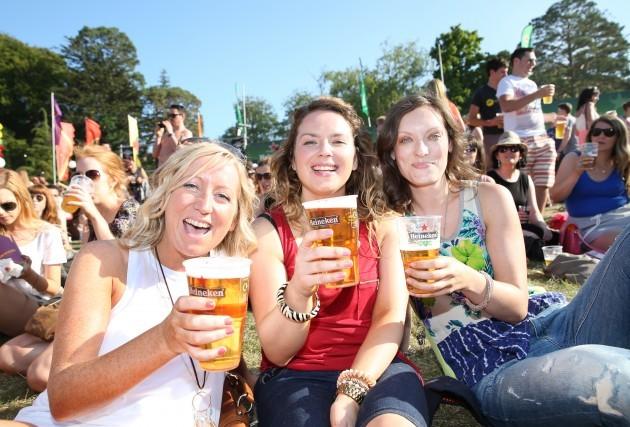 Longitude Festival fans (L