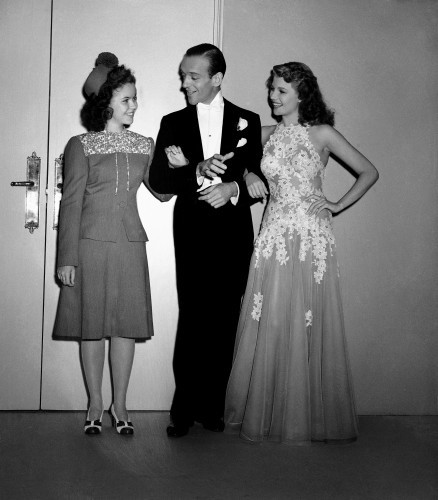 Temple Visits Astaire And Hayworth 1942
