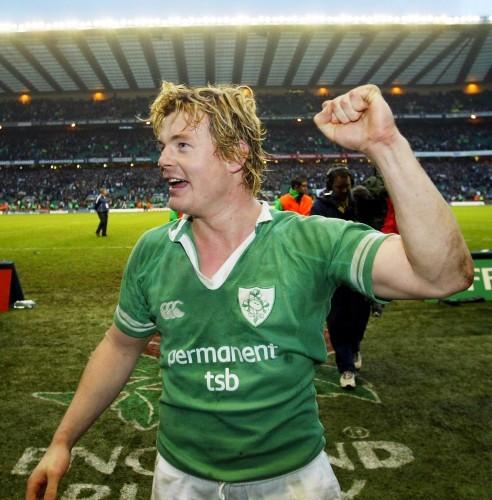 Brian O'Driscoll celebrates victory 6/3/2004