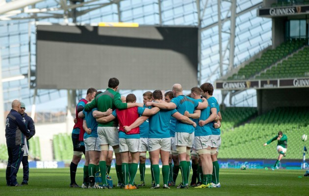 The Irish players huddle during today's Captain's Run