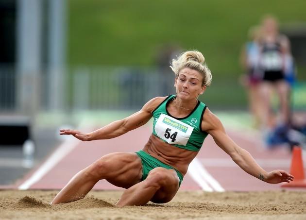 Kelly Proper on her way to winning