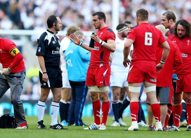 Sam Warburton with referee Romain Poite