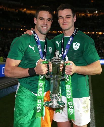 Conor Murray and Jonathan Sexton celebrates with the trophy