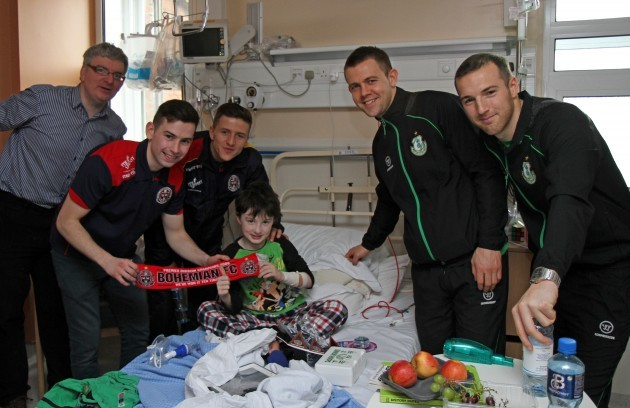 7518-Bohs-Rovers_Temple_St_Childrens_Hospital_visit (1)