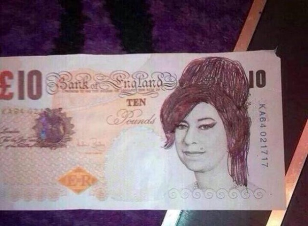 If You Draw A Wig On Queen Elizabeth She Looks Very Like Amy Winehouse