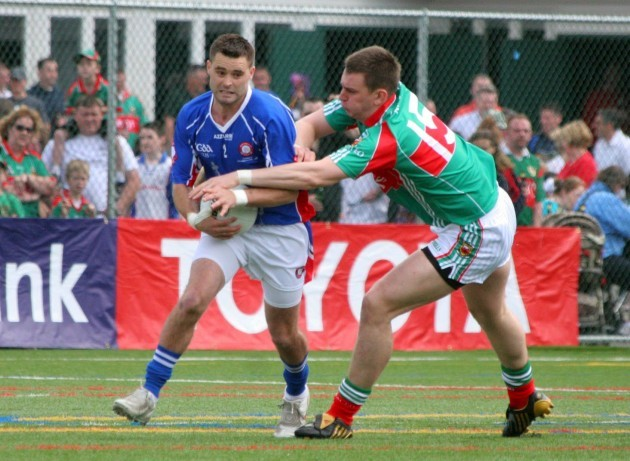 Joe Bell tackled by Barry Moran